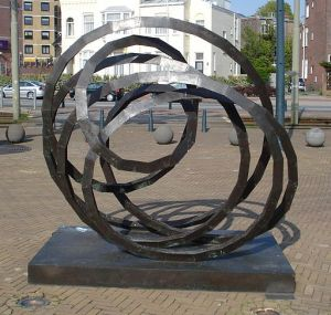Interconnected, Sculpture in Den Haag