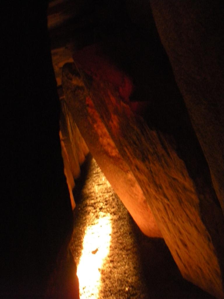 newgrange-light