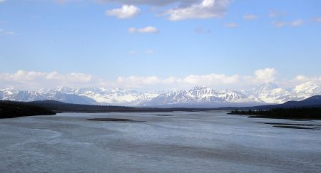 Susitna River from Denali Highway bridge, by Flickr user jkbrooks85  (CC BY 2.0)