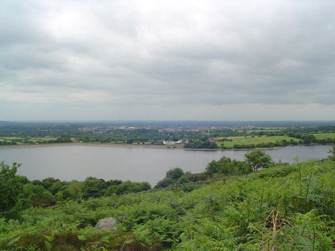 Anglezarke_Wikipedia Commons
