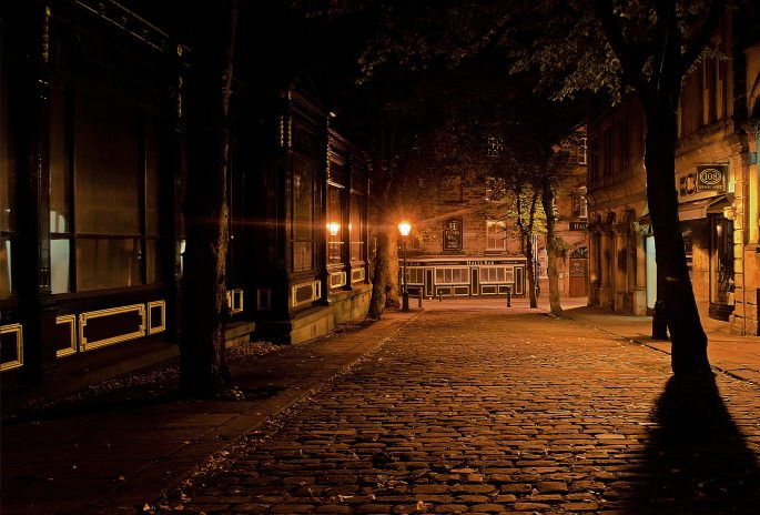 cobbles-dark-light-69791